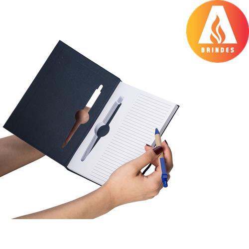 Bloco de anotações com caneta ecológica